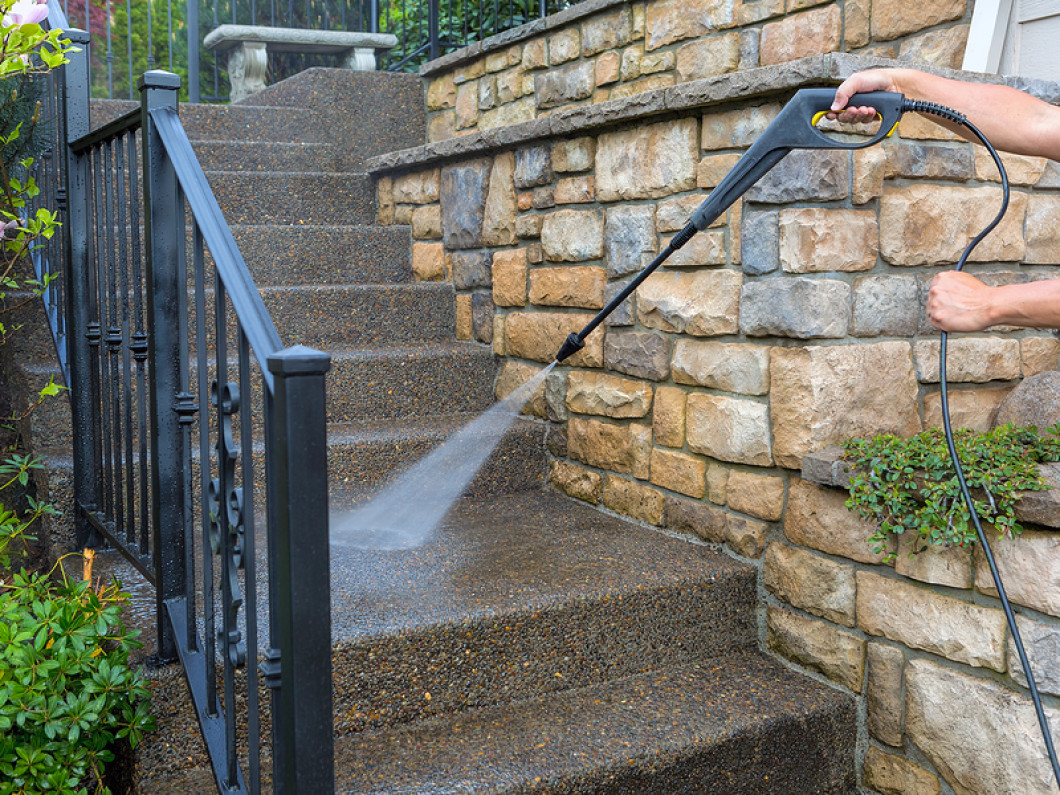 3 benefits of pressure washing your exterior